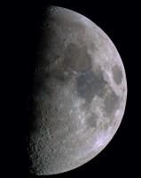 Lune en couleur